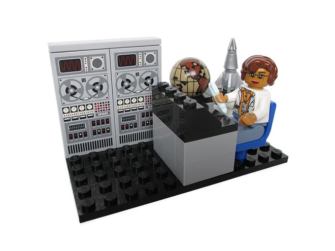 Lego_womenofNASA_1